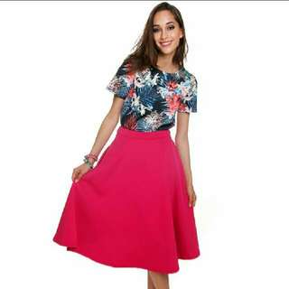 SALE: MDS Collections Summer Floral Sleeved Top