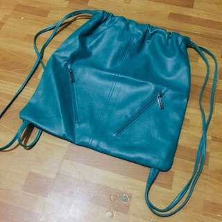 SALE❗️ Bnew Parisian String Bag