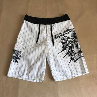 Quicksilver striped white boardshort