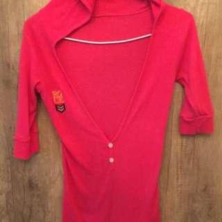 🚚 桃紅上衣