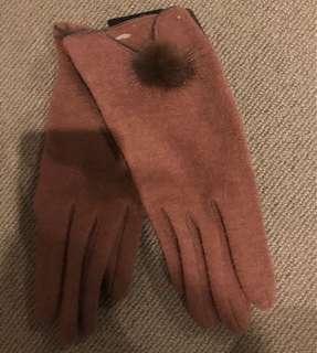 BNWT : Womens Gloves Brown/Nutmeg Size M