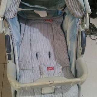 Osh kosh stroller for SALE!!!