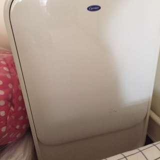 開利移動式冷氣(有抽濕功能)