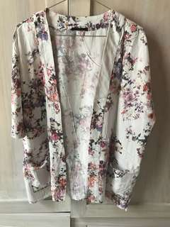 Floral Outer Bershka