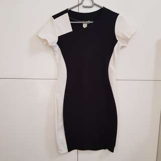 My preloved shapes bodycon dress small ❤