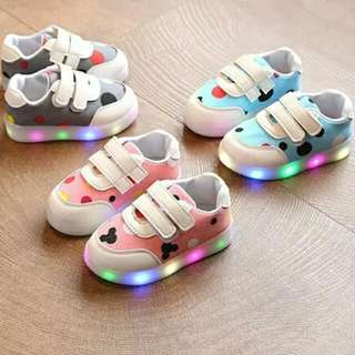 2018 children shoes light up shoes LED luminous