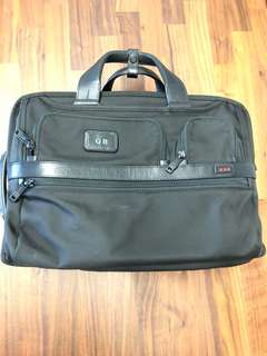 Tumi briefcase alpha series 2