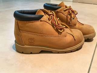 Gently used leather Timberland Boots for kids. Sz 10US/9.5UK