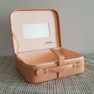Cute Makeup Box