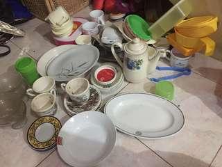 Peralatan makan, tea set, dll