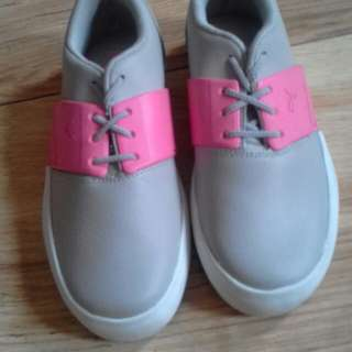 Sepatu puma original anak cewek