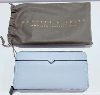 Charles and Keith Paled Turquoise Wallet