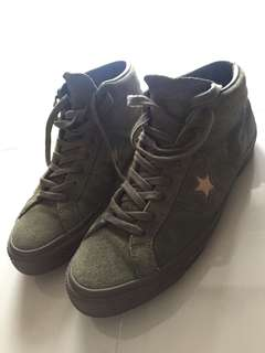 Converse hi-tops sneakers