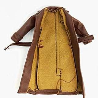訂 :1/12 6吋 figure 用 啡色外套