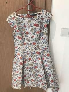 Allure Noir Dress Floral Print