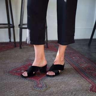 BNWT ZARA suede slip on mule size 7