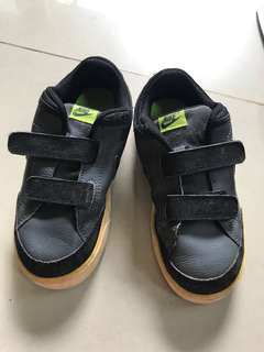 Sepatu Anak Nike 16 cm