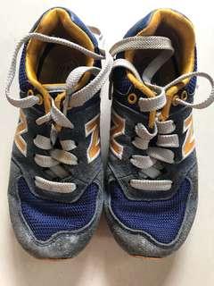 Sepatu Anak NB