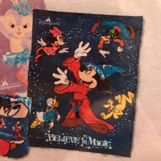 全新米奇與迪士尼朋友毛毯 120 cm x 150cm原價$196