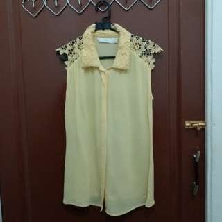 Yellow flowery shoulder lace top
