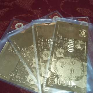 Gold Plated SGD $1000 notes