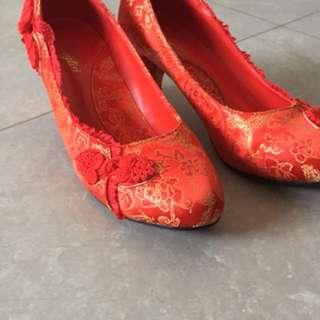 Bridal wedding Red kua Heels