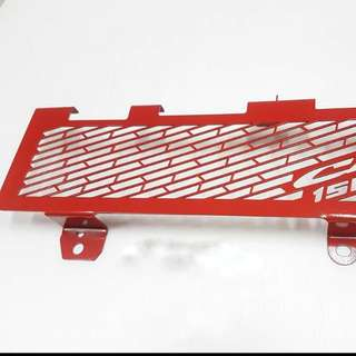 CB150R RADIATOR GUARD