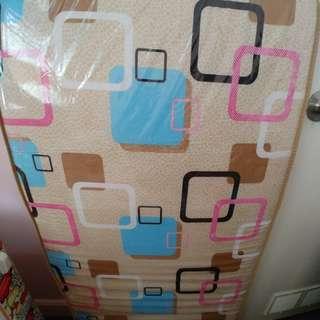 雙人 三摺疊床墊 (原價$300) 有包裝