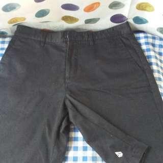 ORIGINAL! VOLCOM BLACK SHORT -size 34- 100% Legit
