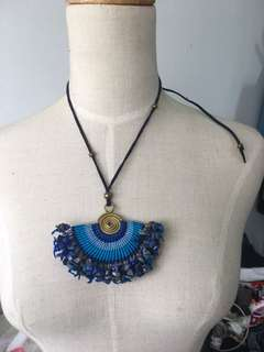 Brand new crescent agate stones handmade crotchet full blue necklace