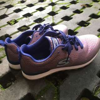 Sepatu Skechers Pearl 1x pakai