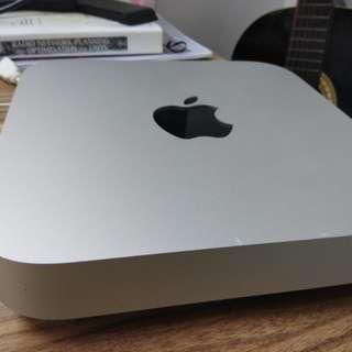 Mac mini late 2012,  dual core i5,  ram 12 gb ssd 256