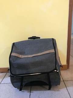 Pet Carrier with trolley