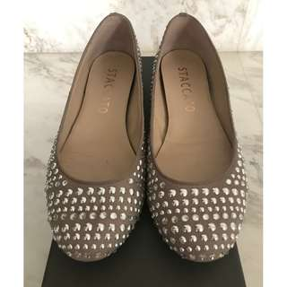 Staccato Flats with Studs