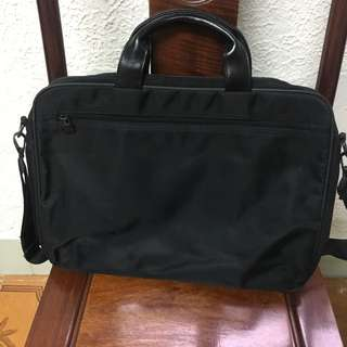 Men's briefcase/ laptop bag
