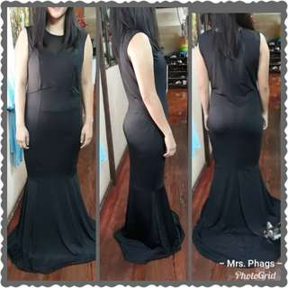 BLACK LONG GOWN LARGE