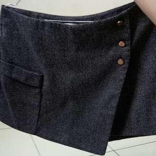 Skirt celana