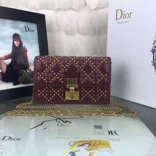 Dior小羊皮 Addict鉚釘款19cm