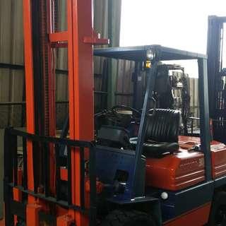 Reconditioned Diesel Forklift