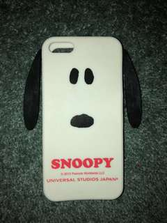 Snoopy iPhone 5s case from Universal Studio Japan