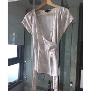 New Aquascutum silk blouse with belt
