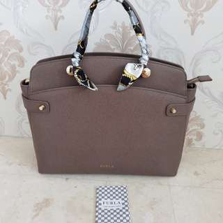 Tas furla authentic good cond
