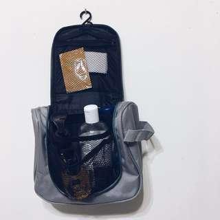 太空灰 洗漱包 化妝包 中型漱洗包 收納包 旅行盥洗包