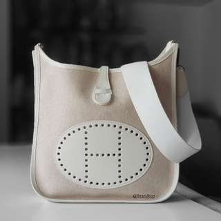 Authentic Hermes White Canvas Evelyn PM