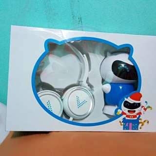 Vivo headphones and speaker