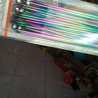 Ruji warna pelangi