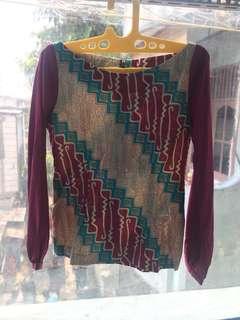 Atasan batik / blouse batik untuk kerja dan santai