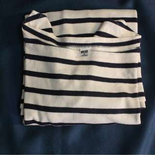UNIQLO - Wide Neck Shirt Kaos Lengan Panjang Tebal Size M