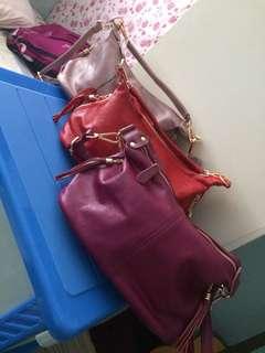 classic sling/hangbag