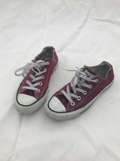 Maroon Low rise Converse